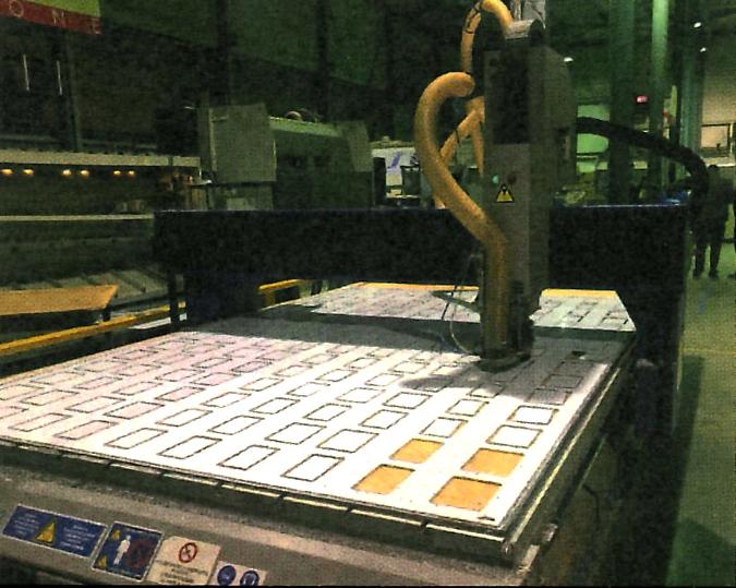 Fraisage commande numerique écrans géants à led videotruck
